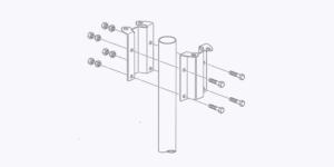 参考:取付アタッチメントの設置方法について 設置用パイプを挟み込むようにして専用の取付アタッチメント(ステンレス製)でパイプの先端にフランジを形成します。 PDCEは作成したフランジの上に載せて固定します。